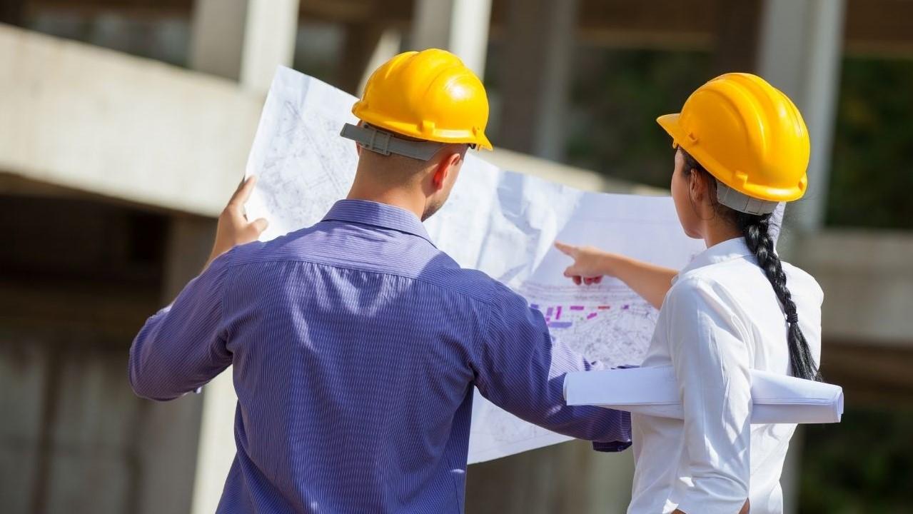Was macht eine Bauleiterin