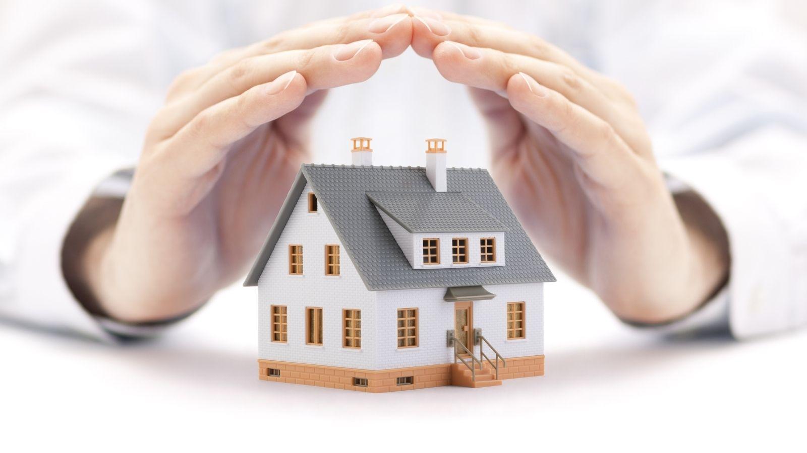 Welche Versicherungen brauche ich für mein Haus?